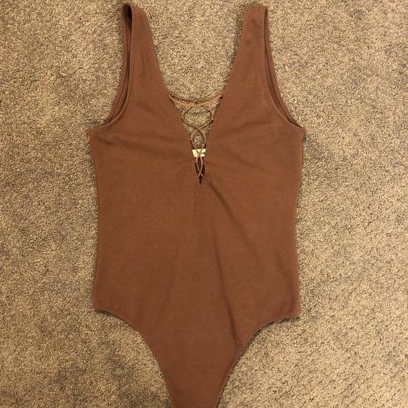 Aritzia Tops - Aritzia Bodysuit